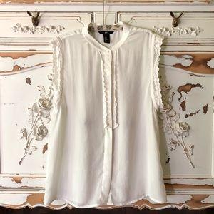 H&M white top Sz 8 / Medium